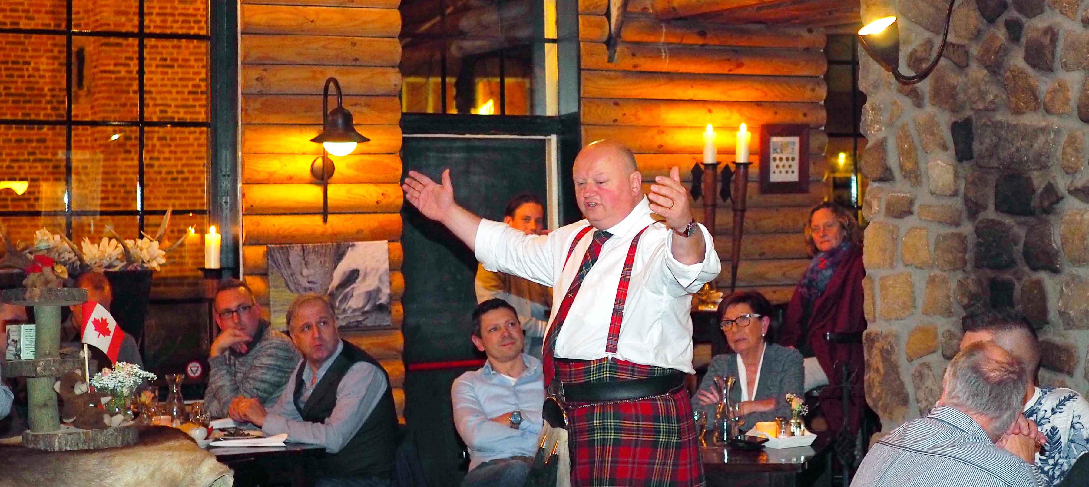 Henri Goossen Whiskyteacher whiskyproeverij nosing tasting themafeest Losser