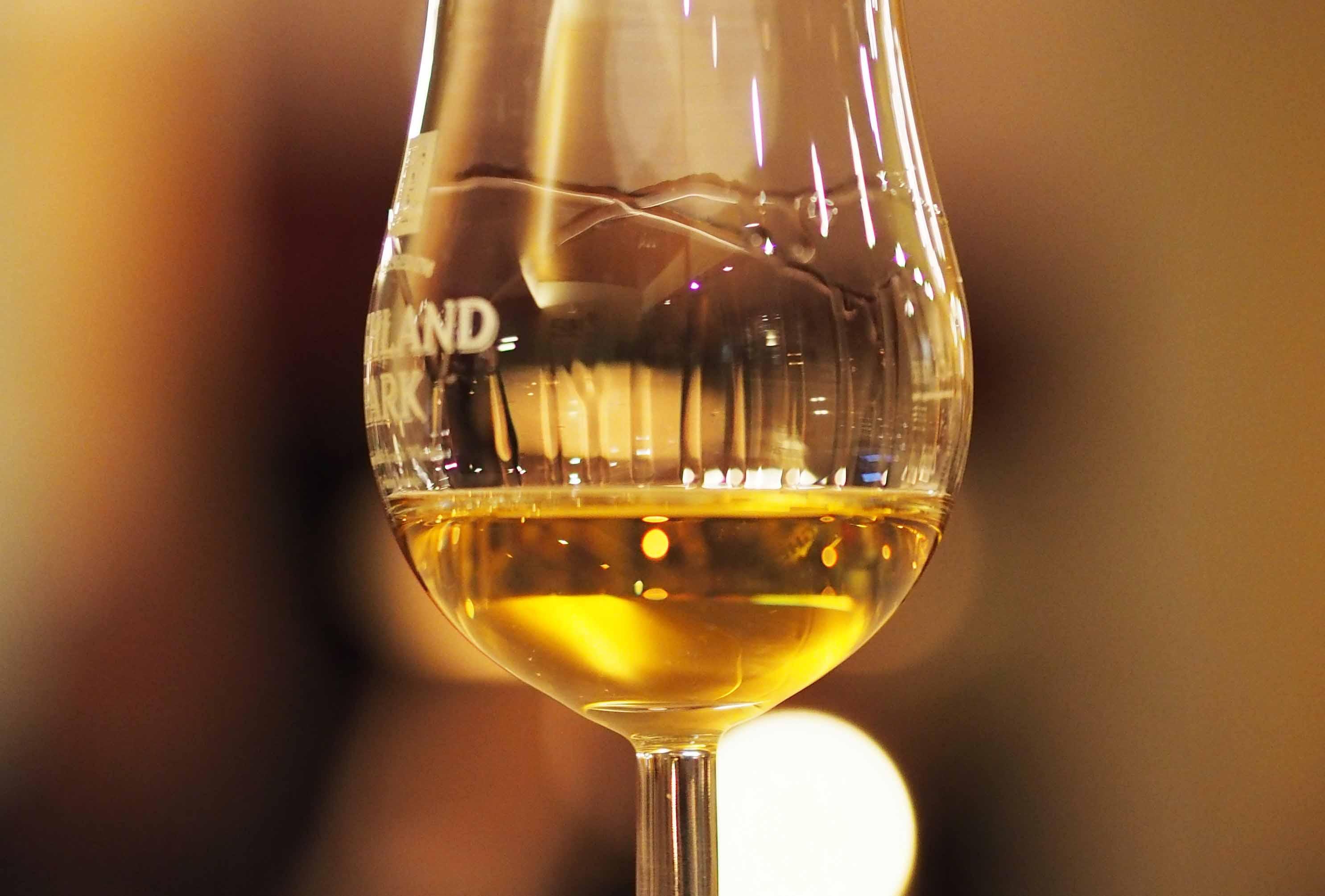Henri Goossen whiskyglas Schotland feestavond themafeest serviceclub avondje uit Waldbad Uelsen